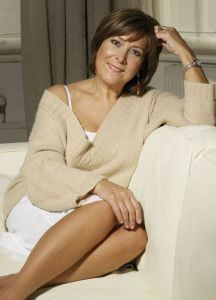 Linda Bellingham